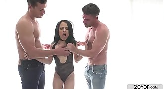 Petite Holly Hendrix gets anal Creampie after banging